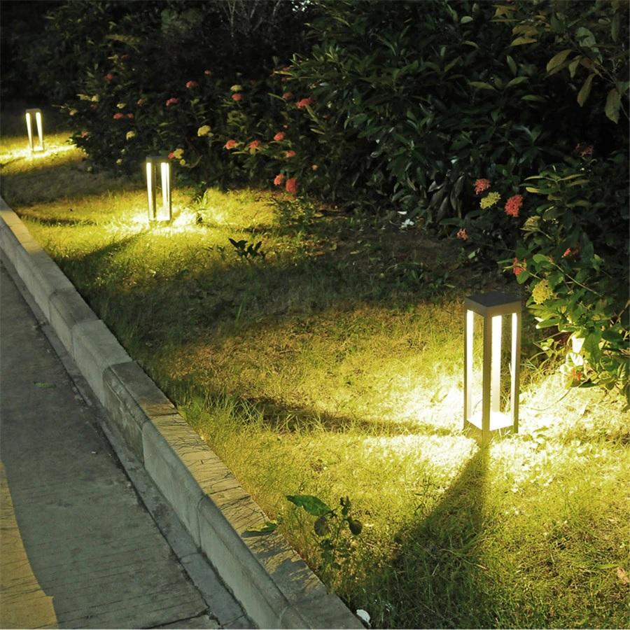 den-led-tru-nam-vuong-san-vuon-hien-dai-ngoai-troi-chong-nuoc-trang-tri-loi-di-ip65-cao-40cm-dl-svt04-01