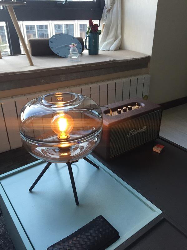 Đèn bàn thủy tinh trang trí phòng ngủ, phòng khách phong cách Bắc Âu cao cấp TL-DN14 show