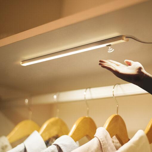 Đèn LED cảm biến vẫy tay 12v dài 40cm trang trí tủ kệ cao cấp DL-TBV-01