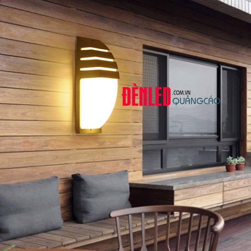den-treo-tuong-led-ngoai-troi-12w-vo-den-black-dl-dht-6809-garden